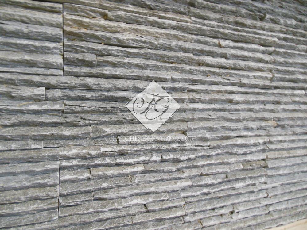 Rivestimento in pietra grigia quarzite mod soft fg stone design
