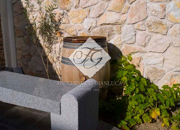 rivestimenti da esterno in pietra chiara mod. ROCK YELLOW